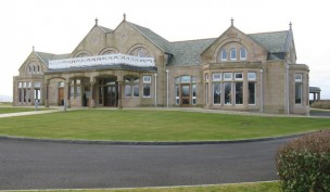 Royal_Troon_Old_Course_Clubhouse_-_geograph.org.uk_-_1112739